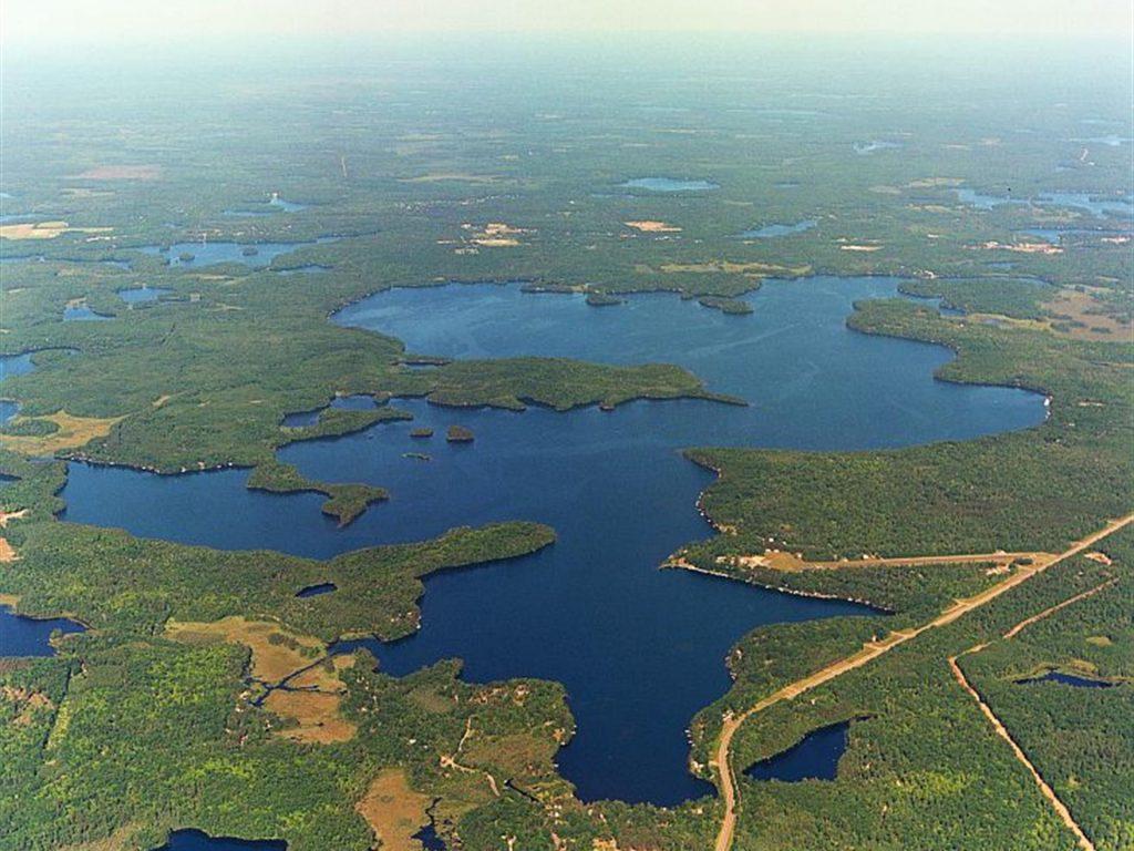 lake-tomahawk-aerial